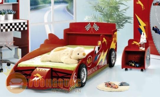 trang trí phòng ngủ cho bé bằng ô tô